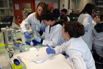 SchülerInnen im Vienna Open Lab